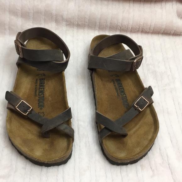 5d005bb790f6 Birkenstock Shoes - Birkenstock yara Habana Leather size 7